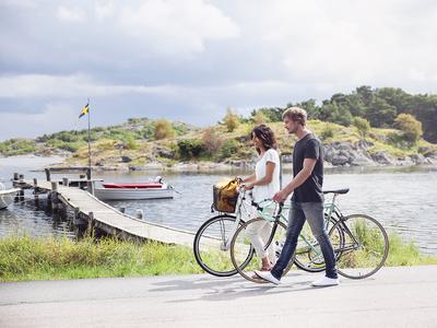 Cycling on Styrso island in Gothenburg's archipelago